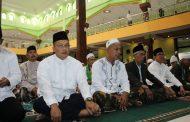 Komandan Pangkalan TNI-AL Tegal Bersama Jajaran Forkompinda, Laksanakan Sholat Ied Di Masjid Agung