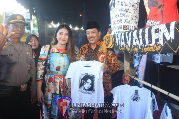 Ibu Ketua Cabang 4 Korcab V DJA II Hadiri Karnaval Dukderan Tradisi Sambut Kedatangan Bulan Romadhon