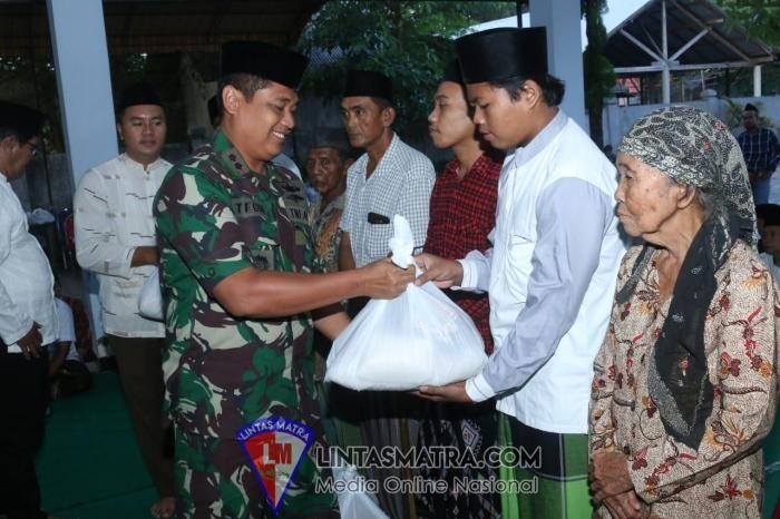 Bersama Forkopimda Bangkalan, Danlanal Batuporon Melaksanakan Kegiatan Safari Ramadhan 1440 H Lantamal V