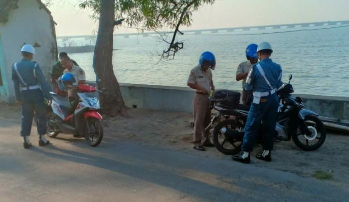 Tingkatkan Disipiln Prajurit dan PNS Lanal Batuporon Den Pomal Lanal Batuporon Laksanakan Ops Gaktip