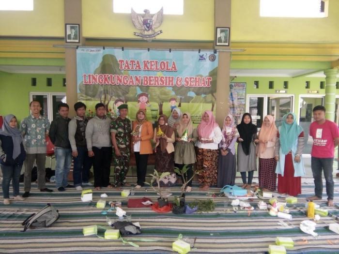 Lima Perwira TNI AL Kunjungi Markas RSN