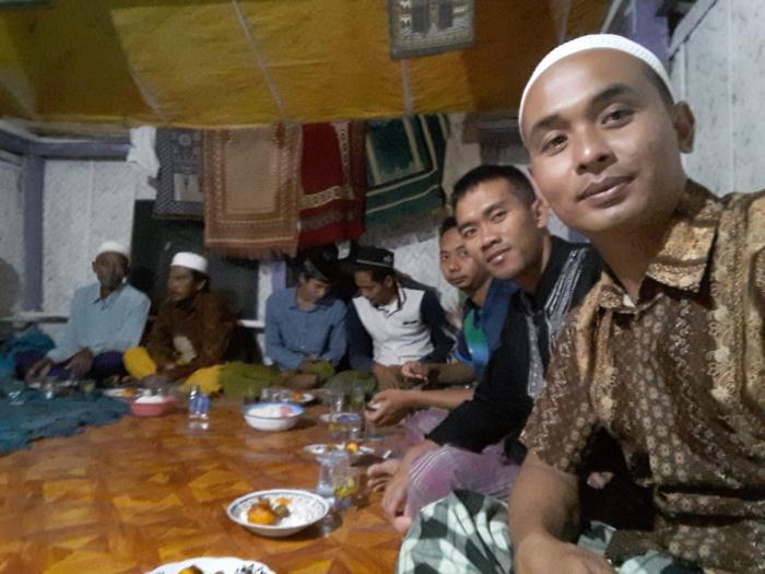Satgas TMMD ke 105 Kodim 0828/Sampang Tahlilan Bersama Warga Desa Karang Anyar