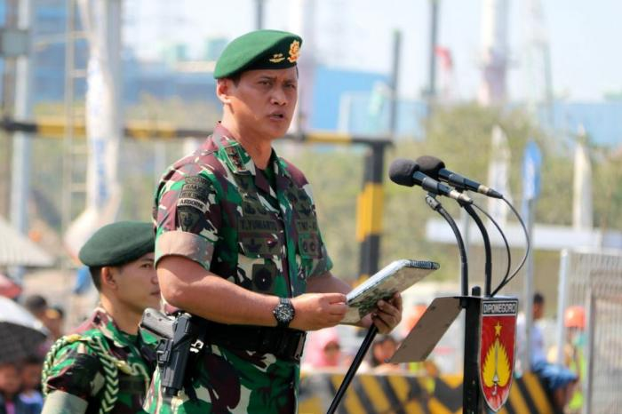 Pangdiv 2 Kostrad Mayjen TNI Tri Yuniarto Pimpin Langsung Pemberangkatan Pamtas RI - Papua NEWS Guenia Yonif Mekanis Raider 411/Divif 2  Kostrad