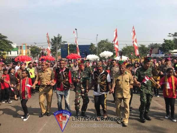 Lanal Batuporon - Polres Gelar Cinta NKRI Bersama Warga Papua dan  NTT yang Berdomisili di Bangkalan