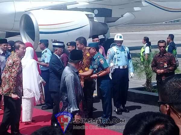 Raja Malaysia Kunjungi Yogyakarta
