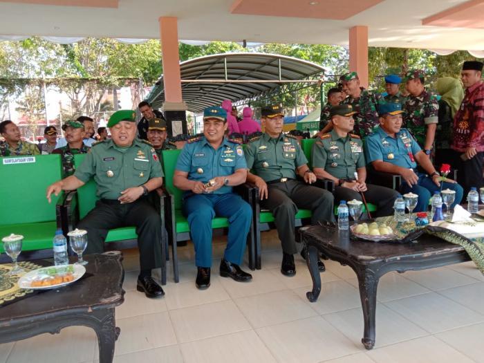 Danlanal Batuporon Hadiri Penutupan TMMD ke 105 di Kabupaten Sampang