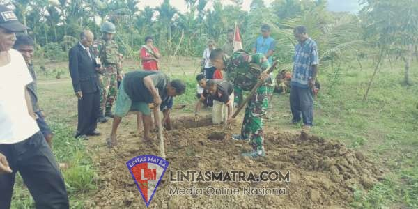 Satgas Yonif Raider 509 Kostrad, Bantu Pemakaman Warga Di Perbatasan