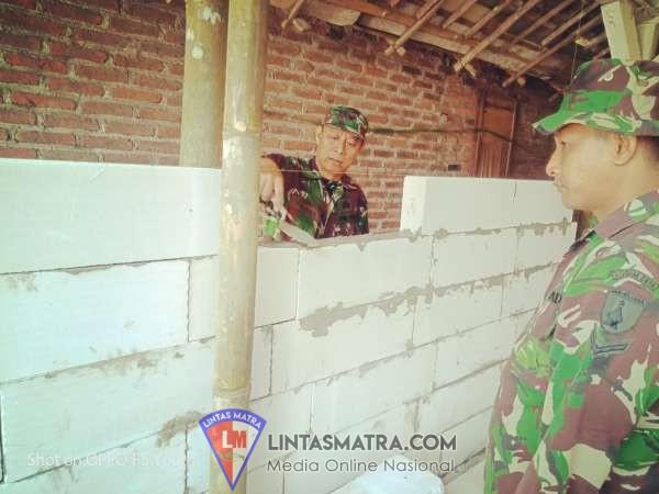 Pra TMMD Kodim 0819 / Pasuruan Merenovasi Rumah Warga Tidak Layak di Huni