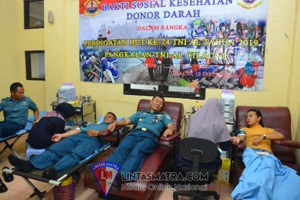 Lanal Cilacap  Gelar Bhakti Kesehatan Darah Peringati HUT ke-74 TNI AL Lantamal V
