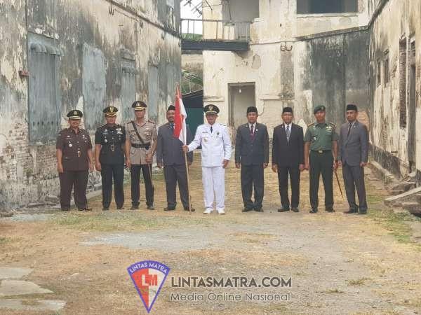 PANGGUNG PRAJURIT SINERGITAS TNI-POLRI, DANYONARMED 12/DIVIF 2 KOSTRAD: JAGA KEDAULATAN NKRI, BINGKAI PERSATUAN
