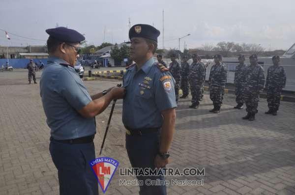 Komandan Lanal Tegal Kukuhkan Komandan KAL Maribaya II-5-12
