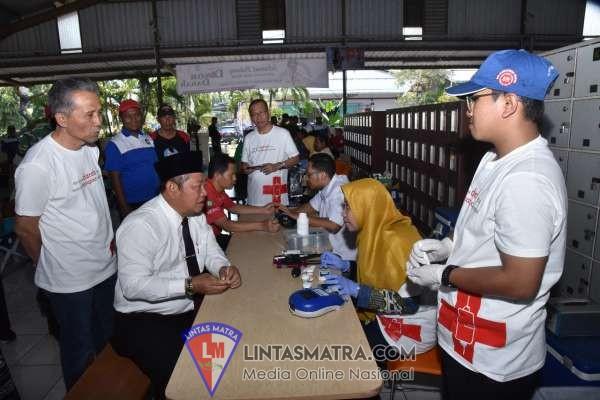 PMI Sidoarjo Melalui PT. Santos Jaya Abadi Gelar  Bakti Sosial Donor Darah