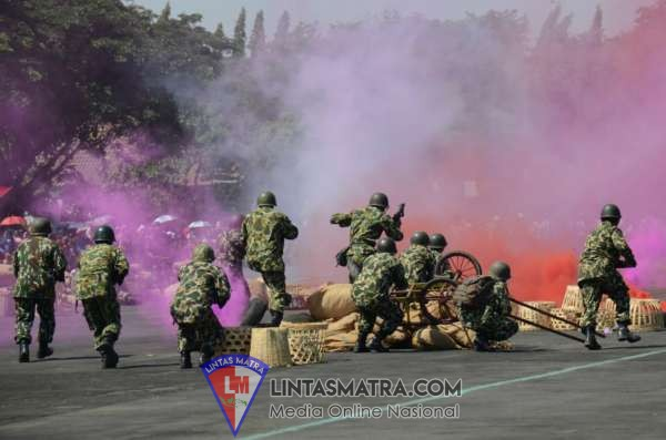 Prajurit dan Kowal Lanal Cilacap Ikuti Upacara Peringatan HUT ke-74 TNI di Kodam IV Diponegoro