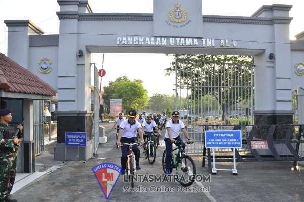 Gowes Mako - Komplek Kenjeran,  Wadan Lantamal V Cek Aset dan Rumdis TNI AL