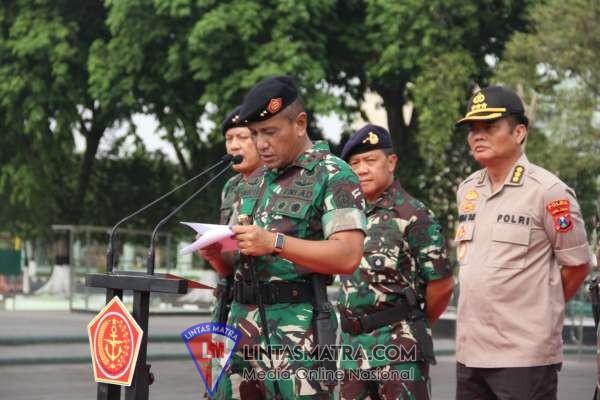APEL GABUNGAN DI WILAYAH GARTAP III/SURABAYA, PERKUAT SINERGITAS DAN SOLIDITAS TNI-POLRI
