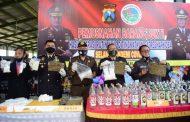 Polresta Sidoarjo Musnahkan Barang Bukti Miras dan Narkoba di Hari Bhayangkara ke-74
