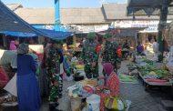 Penjual Tak Bermasker, Kena Semprot Petugas Penegak Disiplin Kesehatan