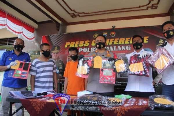 Mengaku Anggota Intelkam Polda Jatim Untuk Memeras, Dua Polisi Gadungan Berhasil Dibekuk Oleh Sat Reskrim Polres Malang