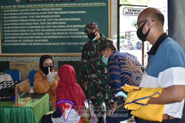 100 Masyarakat Operasi Katarak di Kodim Surabaya Selatan