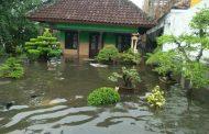Dusun Kedungringin tengah Kerap menjadi langganan banjir kala musim penghujan datang