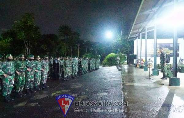 Yonkes 2/Divif 2 Kostrad Kirim 140 Personel Guna Bantu Korban Gempa di Mamuju Sulawesi Barat