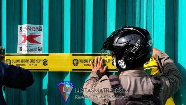 Nekat Buka, Karaoke Pop City Surabaya Disegel Polisi di Saat PPKM