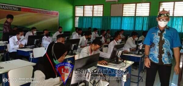 Seleksi penjaringan Perangkat Desa Jatibanteng Kabupaten Situbondo dengan Sistem CAT (Computer Assisted Test)