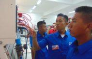Taruna AAL Korps Elektronika Perdalam  Penguasaan Sistem Kontrol dan Integrasi di VEDC Malang