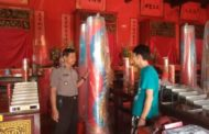 Polisi Berikan Rasa Aman Ibadah di Klenteng Teng Swie Bio