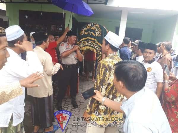 Kapolsek Buduran Bersama Forkopimka Takziyah di Calon Kades Sukorejo