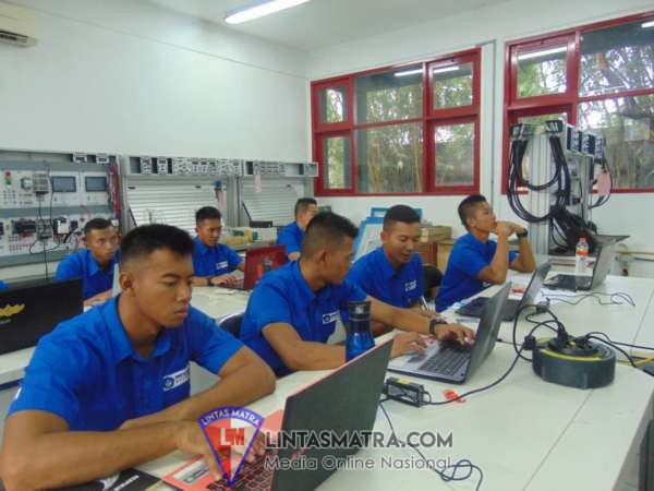 15 Taruna AAL Korps Elektro, Akhiri Lattek Sistem Control dan Integrasi di VEDC