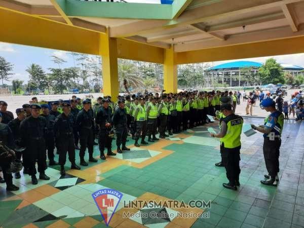 TNI - POLRI Laksanakan Apel Kesiapan Pengamanan di Stadion Kanjuruhan Malang