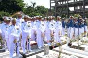 Gubernur AAL Hadiri Prosesi Pemakaman Almarhum Laksma TNI Gig J.M. Sipalsuta