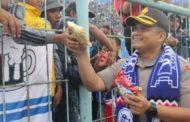 Berjiwa Besar, Kapolres Malang Ucapkan Terimakasih Kepada Aremania - Aremanita