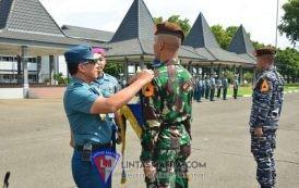 Gubernur AAL Tutup Latihan Praktek Taruna Magang KRI, Pasukan dan Pra Jalasesya
