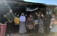 Berkah Idul Adha, Mahasiswa UMM Bagikan Masker dan Minuman Herbal