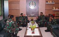 Pangdivif 2 Kostrad Terima Kunjungan Danlanud Abd. Saleh di Madivif 2 Kostrad