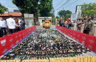 Ribuan Botol Miras Hasil Operasi Pekat 2020 Dimusnahkan Pol PP Sidoarjo