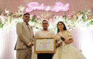 Inspiratif, Pasangan Pengantin Ini Sumbangkan Seluruh Uang Buwuhan Untuk Bantu Warga Bangun Sumur Bor