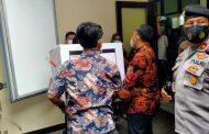 Polisi Perketat Pengamanan Distribusi Vaksin Covid-19 di Sidoarjo Tahap Pertama