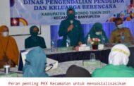 KETUA TP-PKK SITUBONDO CEGAH PERNIKAHAN DINI